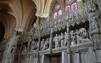 Chartres Cathedral - Hugh Walpole Visits and learns of the Titanic disaster